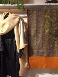 「kocari selection インドの手仕事染めと織りと刺繍」追加納品がありました。 - アゲルはクラフトの畑