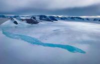 NASAの地球観測航空機が捉えた南極に出現した美しい青い氷の湖 - 秘密の世界        [The Secret World]