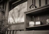 冬には冬の顔で待つ巣箱とメーター - Film&Gasoline