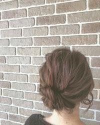 ゴム2つでシニヨン〜☆ - COTTON STYLE CAFE 浦和の美容室コットンブログ