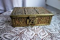ブロンズ宝石箱5 - スペイン・バルセロナ・アンティーク gyu's shop