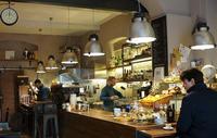 ワンコが続々と〜フィレンツェのバール、カフェ、ピアンサ - フィレンツェ田舎生活便り2