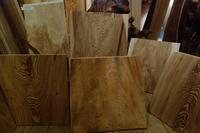 杉 四分板(しぶいた)浮造り(うづくり) - SOLiD 「無垢材セレクトカタログ」/  材木屋:新発田屋(しばたや)