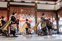 祇園さんの節分祭・舞踊奉納(宮川町ふく弥さん、ふく乃さん、千賀明さん、千賀遥さん、菊弥江さん) - 花景色-K.W.C. PhotoBlog