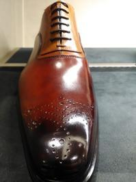 レースステイ、アデレード、革靴のここが気になる・その① - シューケアマイスター靴磨き工房 銀座三越店