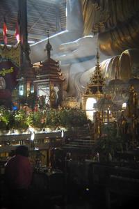 朝のコータッジーパゴダ2 - Myanmar Eye