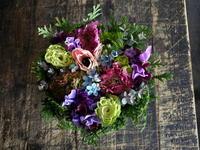 ご結婚記念日にタルト型アレンジメント。2018/03/04。 - 札幌 花屋 meLL flowers