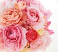 神は細部に宿る 天使のベビーシューズ - 一会 ウエディングの花