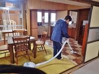 南魚沼暮らし体験住宅のお掃除 - 浦佐地域づくり協議会のブログ