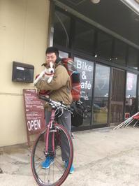 <<若い、旅のサイクリストに想う.>> - チルコロ 平蔵店長の営業日報