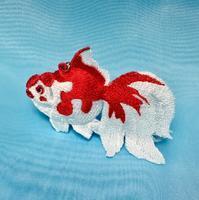 3D?金魚刺繍のチャーム - ソライロ刺繍
