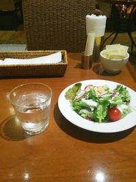 ハーフカットも大満足ケーキ付ランチ @ 横浜 - チョコミントは好きですか?