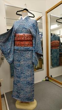 青い更紗小紋でお花見へ! - たんす屋新小岩店ブログ