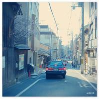 少しの桜とタクシー。 - Yuruyuru Photograph