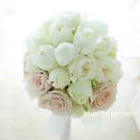 ラウンドブーケ コンラッド東京さまへ はじめての結婚式 - 一会 ウエディングの花