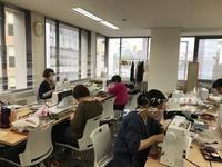 【ヴォーグ学園東京校】はぎれで作るカフェマット&がま口♪生徒さんの個性がキラリ! - neige+ 手作りのある暮らし