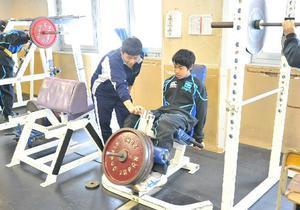 体育館練習 - 旭川龍谷高校 ラグビーフットボール部