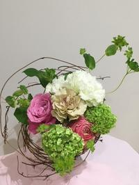 4月のフラワーレッスン - ~ Flower Shop D.STYLE ~ (新所沢パルコ・Let's館1F)