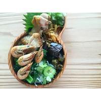 小海老と勝男菜のにんにく煮BENTO - Feeling Cuisine.com