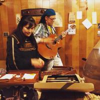 久茂ライブ50回目は亀工房で大盛り上がり 計89本の弦とパッションの響きの夕刻 - 線路マニアでアコースティックなギタリスト竹内いちろ@三重/四日市