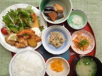 鶏の唐揚げ&海老フライ★(^^♪・・・・・700円ランチ - 日だまりカフェ