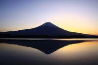 30年3月の富士(15)田貫湖のシンメトリー富士 - 富士への散歩道 ~撮影記~