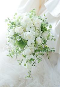 キャスケードブーケ マリオットホテル東京の花嫁様へ その人へ - 一会 ウエディングの花