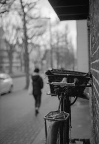 時が止まったままの歩道 - Film&Gasoline