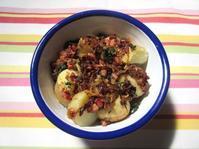 <イギリス料理・レシピ> 新ジャガイモのベーコンそぼろのせ【New Potatoes with Bacon】 - イギリスの食、イギリスの料理&菓子