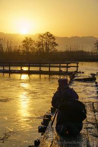黄金の朝を狙う - デジタルで見ていた風景