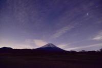 富士山麓徘徊 - 風とこだま