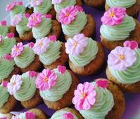 春 桜のカップケーキ - 黒豆日記
