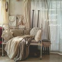 アンティークベビーベッドとふわふわカシュクール - MIFUMI*  Petite Couture Rie