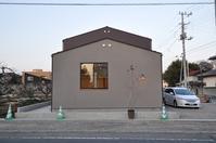 十字窓の家 オープンハウスが終わりました。 - 製作所的日常  かねこ建築製作所作業日誌