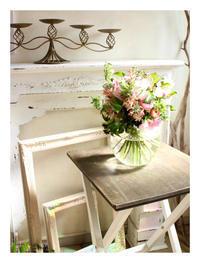 想いをカタチに フラワーギフト - あなたらしい花あるくらしを共に描く 花色空間Vertu
