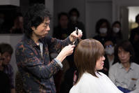 vol.102「田澤浦己の仕事」 - Monthly Live    営業後の美容室での美容師による単独ライブ