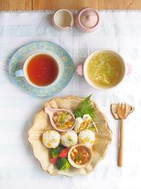 ロココ皿ワンプレートごはん - 陶器通販・益子焼 雑貨手作り陶器のサイトショップ 木のねのブログ