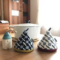 三角帽子の鍋つかみ* - codica