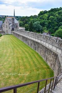 〈16日目-3〉 フジェール城、城壁や塔を登ったり下りたり!(7/5-その3)【2017 フランス旅行記】 - わたしの足跡2
