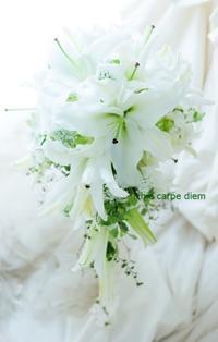 新郎新婦様からのメール 東京女子大学の花嫁様より 白い百合のブーケ、人生の糧 - 一会 ウエディングの花