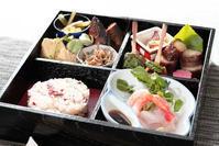 おうちで「お花見弁当」 - 登志子のキッチン