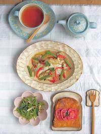 たらとトマトとチーズトースト - 陶器通販・益子焼 雑貨手作り陶器のサイトショップ 木のねのブログ