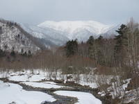 春なのに  水しぶきも凍る支笏湖 - 気ままにアウトドアー日和