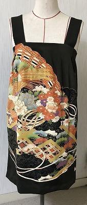 留め袖でワンピース生徒の作品 - アトリエ A.Y. 洋裁教室