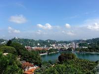 仏教徒の聖地キャンディ 礼拝の時間に仏歯寺へ*スリランカ - 日日是好日 in Singapore
