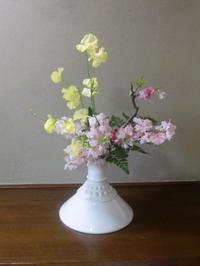 桃の花を活ける - 活花生活(2)
