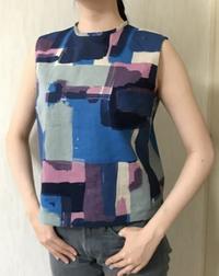 綿麻混紡布で夏のブラウス生徒の作品 - アトリエ A.Y. 洋裁教室