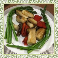 エリンギとカラーピーマンのバターソテー&茹でアスパラガスの野菜プレート - kajuの■今日のお料理・簡単レシピ■