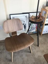 椅子が届きました Design Within Reach - シアトル行くってよ・・・