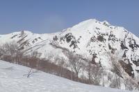 雪解け凄い谷川岳 - じゅんりなブログ